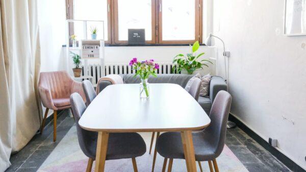 Praktyczne krzesła tapicerowane